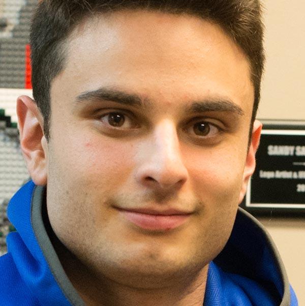 Cory Hecht headshot